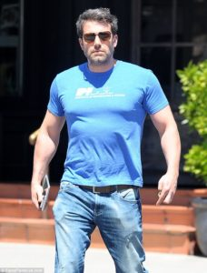 Ben Affleck works out his body for Batman